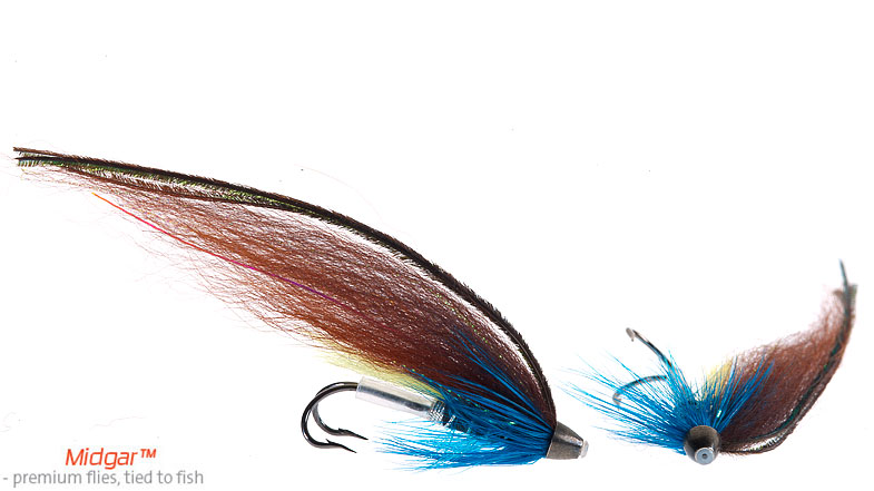 Midgar Blue Charm is a modern version of the classic Blue Charm single strip featherwing with deep brown mallard topped with teal flank feathers. The modern version has maintained the dull and calm appearance of the classic feather wing, and has shown that this fly still is a strong bet throughout the season. Delivered in size 48, 60, 69 and 75.